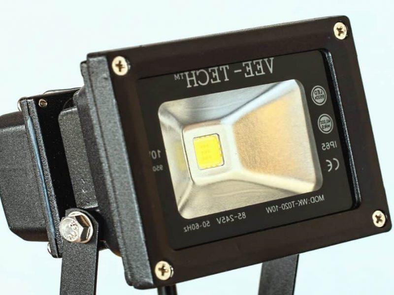 LED flood light flashing On and Off